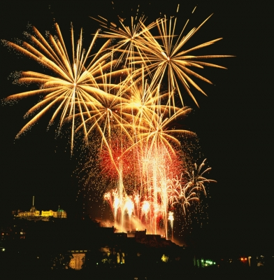 Edinburgh Fireworks gold dust