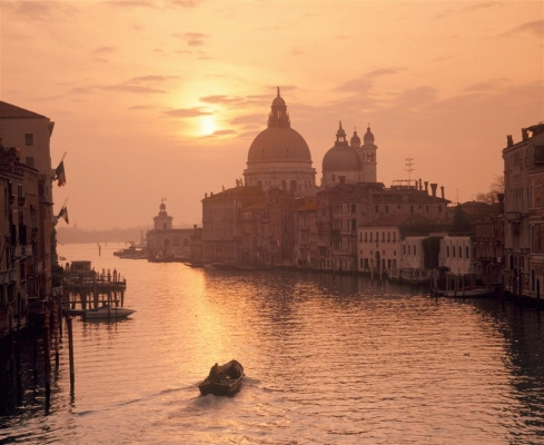 Italy: The Grand Canal and the Salute Church 4.