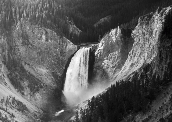 USA: Lower falls Yellowstone, black and white