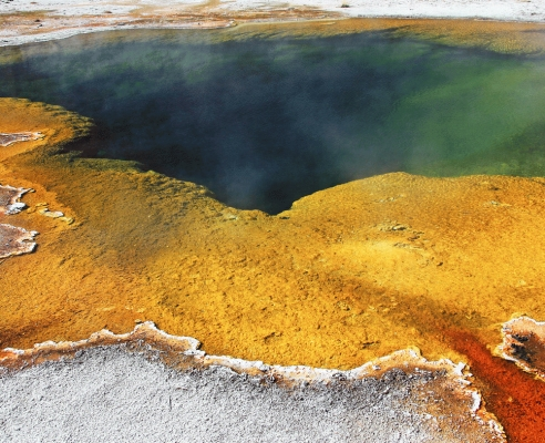 USA: Emerald Pool,Yellowstone National Park, Wyoming