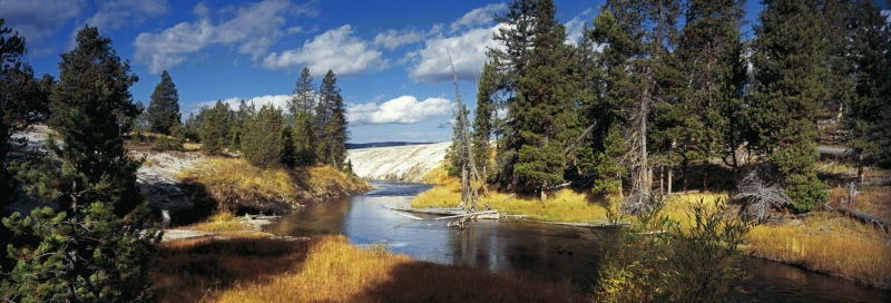 USA: Firehole river, Yellowstone National Park, Wyoming